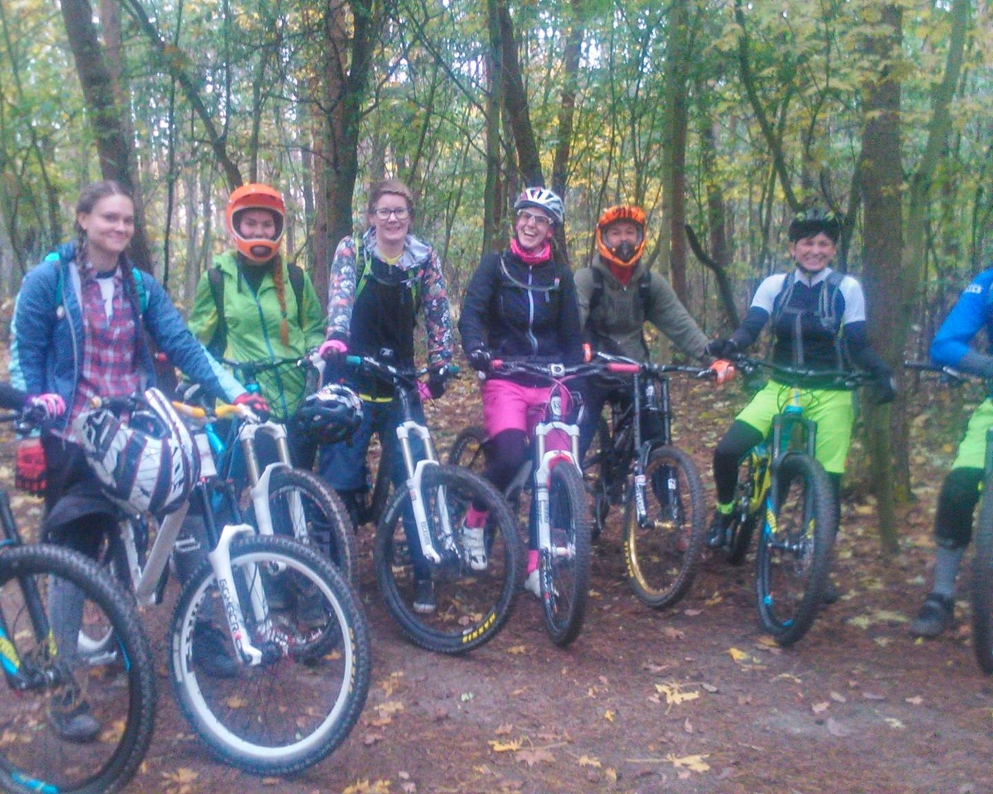 Girls power Flow trail